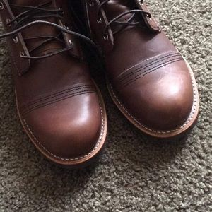 Redwing boots size 10.5(Brand New)